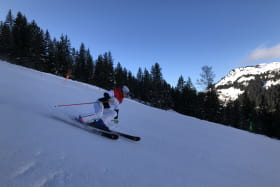 2 SKI FLY - Enseignement ski, snowboard, ski de randonnée, ski hors piste tous niveaux
