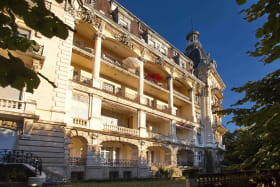 le balcon, au 2eme étage à droite