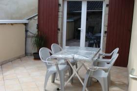 Gite du Dilanou - Terrasse et entrée