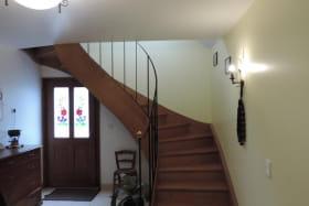 Hall d'entrée commun (au rdc de la maison des propriétaires).