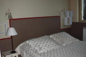 Gite 'La Vautière' à Saint-Symphorien-D'Ozon (Rhône, Sud de Lyon) : la chambre fermée