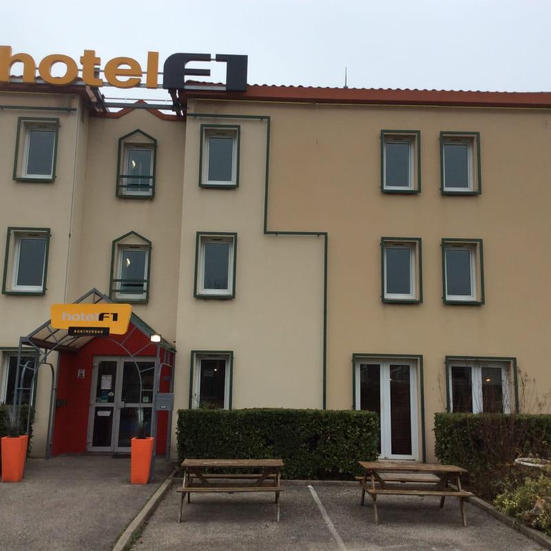 Hôtel F1