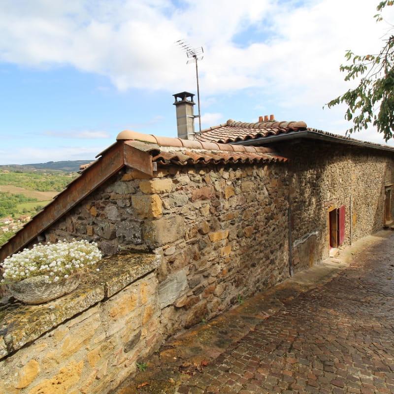 Gîte 'Il était une fois' à Ternand (Rhône - Beaujolais des Pierres Dorées, proximité de Villefranche-sur-Saône).