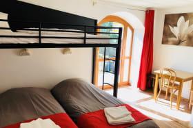 chambre triple avec lit pont