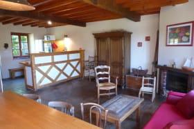 Gîte 'Le Petit Colombier' à Chambost-Longessaigne (Rhône - Monts du Lyonnais - Sud de Tarare) : séjour.