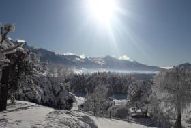Une vue panoramique sur les montagnes du Vercors