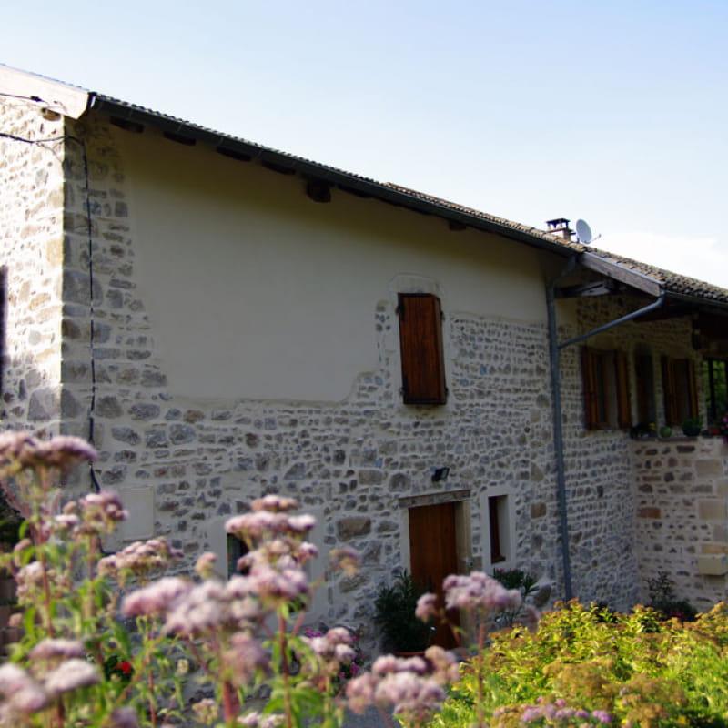 La Petite Maison du Meunier à Vauxrenard (Rhône - Beaujolais) : Côté chambre.