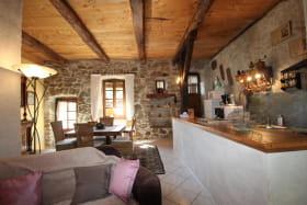 Maison de campagne séjour cuisine ouverte