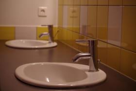 Le gîte comprend 6 salles d'eau/ de bain