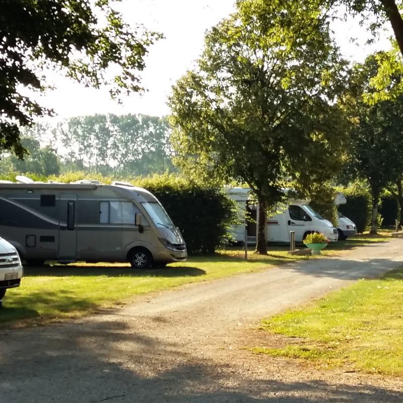Camping de mon village de Mantenay-Montlin - Camping du Coq