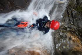 Canyon 1/2 journée: cascade de Nyon