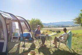 camping-les-bastets-divers-emplacement-1
