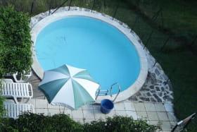 La piscine partagée vue de dessus
