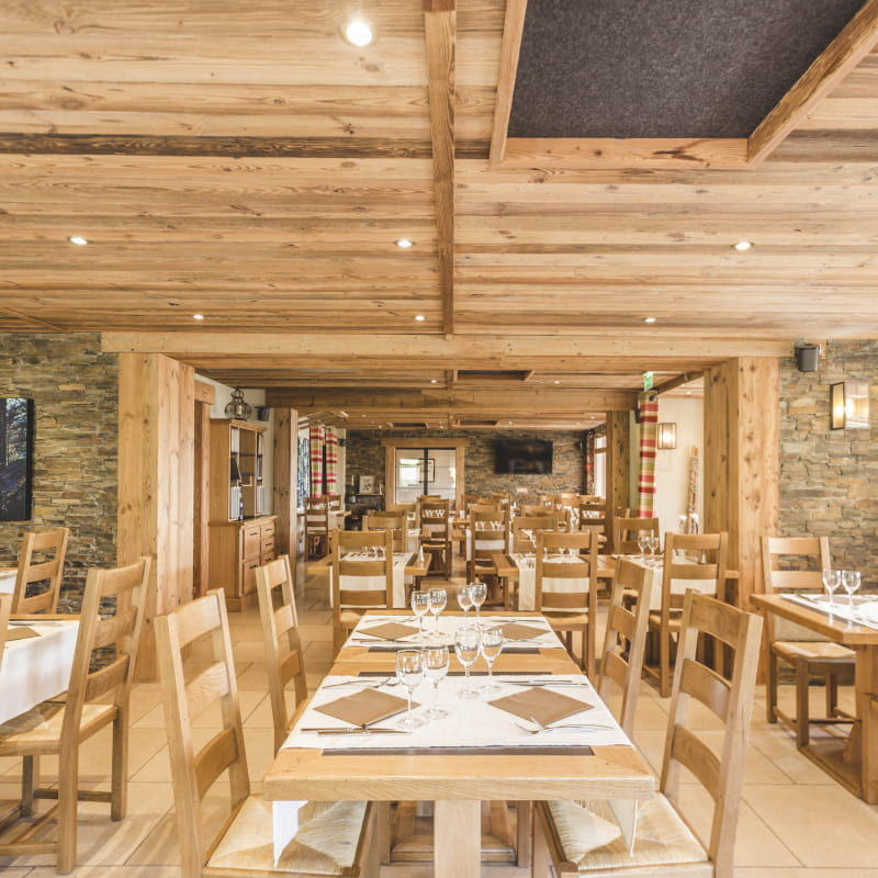 Salle de restaurant Bois Joly