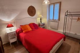 Gîte 'Le Cocon' à Marennes (Sud-Est de Lyon) dans le Rhône : chambre double à l'étage