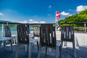 Vue sur le Lac du Bourget du pont avant du Savoyard
