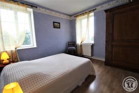 Le Gîte des Bruyères à Arnas (Rhône-Beaujolais) : chambre 1 lit 2 personnes - 2ème étage.