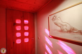 hall et porte d'entrée sculpté par GuyLafond