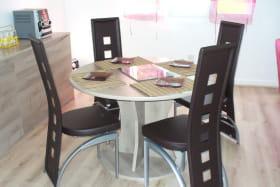 Meublé Guilhot - salle à manger