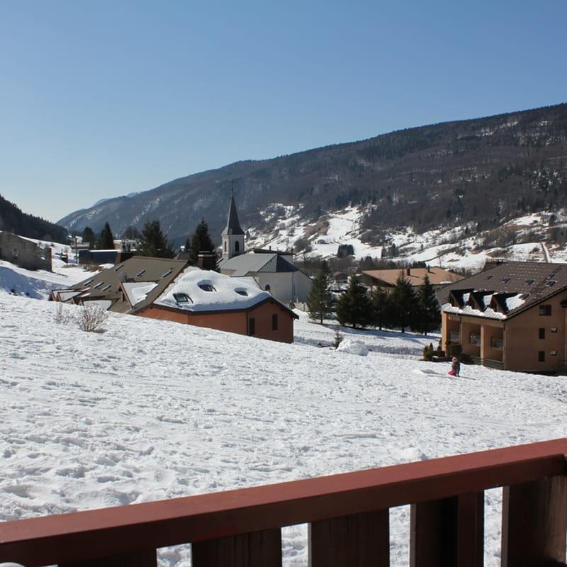 vue du balcon enneigé