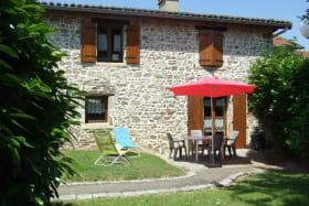 Gîte de la Mouchonnière à St Jean de Touslas (Rhône - Coteaux du Lyonnais).