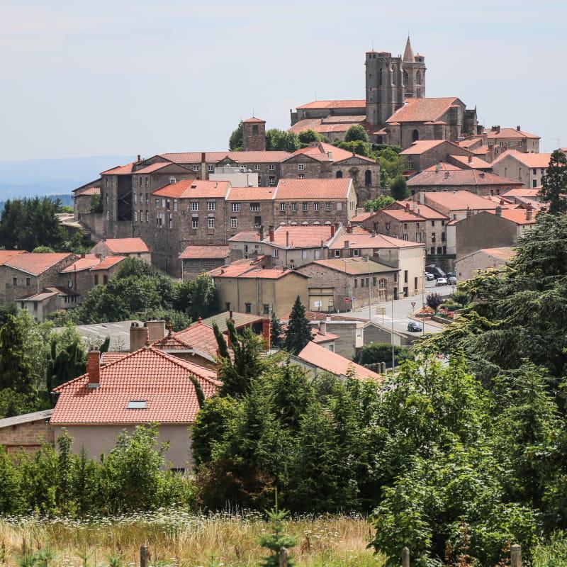 Village de caractère de St Bonnet le Château